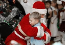 Рождество для детей опалённых войной!